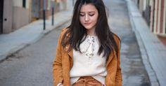 Un look en marrón y beige, ¡la combinación de moda!