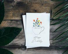 Hochwertig gedruckte Grußkarte mit leerer Innenseite für deine Grüße, Glückwünsche und anderes.  Die Karte wurde handgemalt und dann zu einem Druck verarbeitet.  Zu der Grußkarte bekommst du einen weißen Briefumschlag dazu. Cover, Books, Etsy, Cards, Livros, Livres, Book, Blankets, Libri
