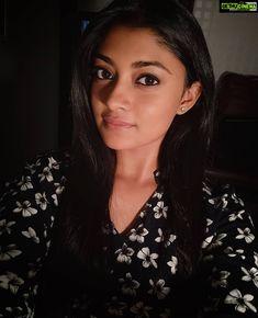 Ammu Abhirami  selfie  hd  wallpaper  asuran Asuran Movie Actress Ammu Abirami Latest HD Photo Collections All Indian Actress, Indian Actress Gallery, Indian Actresses, India Beauty, Asian Beauty, Indian Girls Images, Lovely Girl Image, Stylish Girl Pic, Hd Photos