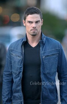 Seen on Celebrity Style Guide: Jay Ryan, as Vincent Keller wore the G-Star New Riley Slim Jacket on the Beauty and the Beast season 2 premiere titled Who Am I Gorgeous Men, Beautiful People, Vincent Keller, Jay Bunyan, Celebrity Style Guide, Dressing Sense, Denim Fabric, Cute Guys, Beauty And The Beast