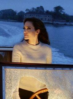 Angelina Jolie- always dressed for travel