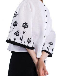 Лляна блузка з вишивкою на рукавах та бахромою Ethnic6