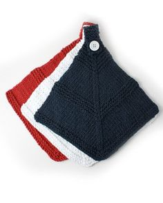 Yarnspirations.com - Lily Red White and Blue Dishcloth - Patterns  | Yarnspirations (4-Worsted)