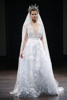 Naeem Khan Bridal Spring 2016. Normally wouldn't go for a colored wedding dress but this is stunning!