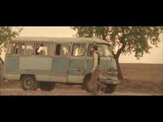 Nouveau clip I Love Your Smile de Charlie Winston, extrait de l'album Hobo ----- Réalisation Mark Maggiori ----- (c) 2010 Atmosphériques / real World Records LTD ----- www.atmospheriques.com ----- www.charliewinston.com