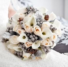 Winter Wedding Flowers: Christmas Weddings Gone Wild on http://www.bellaweddingflowers.com/blog
