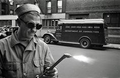 GAmm Giunti e la grande fotografia: Kubrick e Weegee: due fotografi a New York http://www.mostrakubrick.it/stanley-kubrick-e-weegee-due-fotografi-a-new-york/