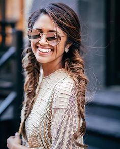 ❤ these chic but casual braids from @hauteofftherack, wearing her Luxies for that extra length and volume  Tag a friend who would look cute with this hairstyle!