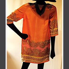 Beautiful sheath dress Very colorful beautiful design 100% polyester. Dresses Mini