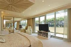 Luxury apartment in London - this is the bedroom :O