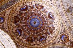 Dolmabahçe Sarayının Tavan Süslemeleri