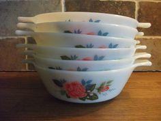 JAJ PYREX 6 Vintage Soup/cereal Bowls , Cottage Rose Pattern... UK location