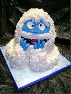 Abominable Snowman cake. Only my favorite Christmas movie!