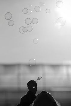 bubbles Cool Photos, Beautiful Pictures, Blowing Bubbles, Bubbles 3, Soap  Bubbles, 4e5f02b0c5e4