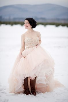 Photography: Carrie Pellerin Photographer - carriepellerin.com  Read More: http://www.stylemepretty.com/2014/09/05/maine-winter-on-the-farm-inspiration-shoot/