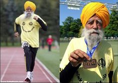 100 yr old Fauja Singh at the 2011 Toronto marathon Toronto Waterfront Marathon, Fauja Singh, Centenarian, London Marathon, Record Holder, Marathon Runners, Triathlon Training, World Records, Running