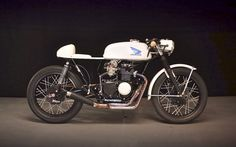 Honda CB350 Cafe Racer by Ratbikes #motorcycles #caferacer #motos | caferacerpasion.com