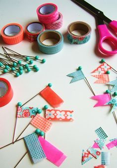 silly old suitcase: DIY: pretty pins