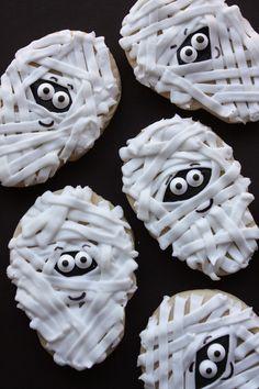 Munchkin Munchies: Mummy Cookies