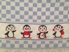 Pinguins!!! #pontocruz #crossstitch #euquefiz