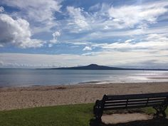 | Saint Heliers Beach, Auckland, NZ
