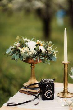Bohemian Vintage Inspirational Shoot / Nunta in livada - Sedinta foto inspirationala Vintage Bohemian, Inspirational, Candles, Table Decorations, Blog, Wedding, Valentines Day Weddings, Weddings, Mariage