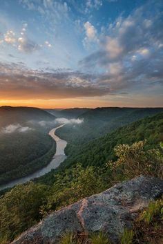 New River Gorge, West Virginia @ tasteduds Collette Farm Virginia Homes, West Virginia, West Texas, Virginia Occidental, Beautiful World, Beautiful Places, Adventure Resort, New River Gorge, Whitewater Rafting