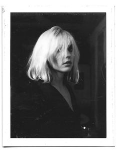 """""""debbie harry photographed by punk photographer julia gorton, sometime in the late """" Blondie Debbie Harry, Debbie Harry Hair, Stevie Nicks Concert, Stevie Ray, God Save The Queen, Keith Richards, Grunge Hair, Celebs, Tumblr"""