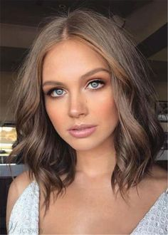 13 Fresh Hair Colors to Show Your Stylist This Spring 2018 Spring Hair Color: Cool, Earth-Toned Brunette - Station Of Colored Hairs Spring Hairstyles, Cool Hairstyles, Natural Hairstyles, Beach Hairstyles, Hairstyle Men, Formal Hairstyles, Hairstyle Ideas, Wedding Hairstyles, Brunette Hairstyles