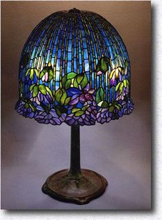 July, 2003 Calendar Page, Association of Stained Glass Lamp Artists - All For House İdeas Tiffany Stained Glass, Stained Glass Lamps, Tiffany Glass, Leaded Glass, Stained Glass Windows, Mosaic Glass, Antique Lamps, Vintage Lamps, Lampe Art Deco