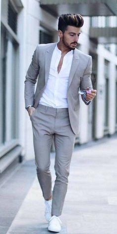 Blazer Outfits Men, Mens Fashion Blazer, Stylish Mens Outfits, Suit Fashion, Fashion Tips, Sneakers Fashion, Latest Fashion, Fashion Styles, Curvy Fashion