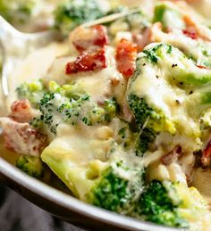 Creamy Garlic Parmesan Broccoli & Bacon is an unforgettable side dish! Pan fried broccoli and crispy bacon are baked in a cheesy garlic sauce Frozen Broccoli Recipes, Tasty Broccoli Recipe, How To Cook Broccoli, Garlic Parmesan Sauce, Parmesan Cream Sauce, Parmesan Recipes, Vegetable Sides, Vegetable Recipes, Veggie Recipes Sides
