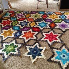 Threadbias: Starry Hexagon Quilt by Jennifleur