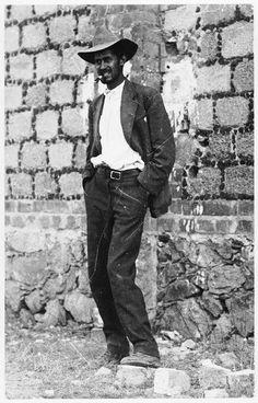 El capitán Fortino Sámano, momentos antes de su ejecución, 1916. Foto Agustin Victor Casasola