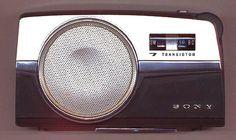 Sony TR-725 shortwave transistor radio