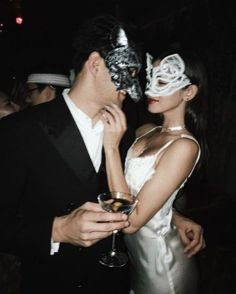Fashion Photography Couple Inspiration 47 Ideas For 2020 Best Couples Costumes, Best Friend Halloween Costumes, Halloween Outfits, Couple Costumes, Aesthetic Boy, Couple Aesthetic, Gossip Girl, Maskerade Outfit, Winter Poster