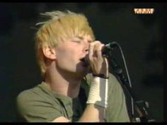 Radiohead Fake Plastic Trees live - YouTube