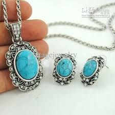 This is my type of jewelry...turquoise with silver design
