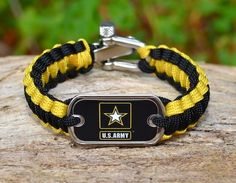 http://www.survivalstraps.com/men/original-survival-straps/light-duty-survival-bracelet-1.html sweet
