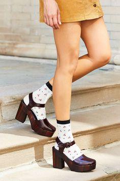 These platform heels are essential for any boho-chic gal. 70s Fashion, Fashion Brand, Fashion Shoes, Fasion, Fashion Outfits, Womens Fashion, Cheap Fashion, Clogs Outfit, Sock Shoes