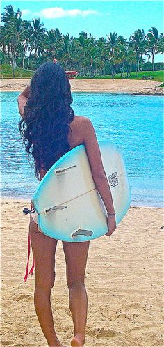 Okay I am about 99% sure that this is ko'olina, why is she bringing a surf board here? LOL.