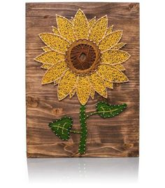 Colorful Sunflower Decor is a must for every household. And at String of the Art we have you covered with this completely unique and beautiful Sunflower String