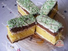 Kókuszos vendégváró Tiramisu, Cheesecake, Ethnic Recipes, Food, Cheesecakes, Essen, Meals, Tiramisu Cake, Yemek