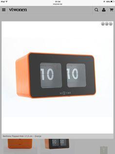 nextime flipped klok 17,5 cm - oranje - 39,95€ - Vtwonen - 27,99€ bij lil.nl