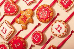 Advent Calendar Cookies Création : LITTLE - Petits Gâteaux Crédit Photo : Julie Marie Gene Graphisme : Solenn As Sweet