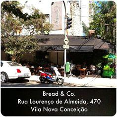 Minha sugestão para um bom #cafe ... #use_scooter #scooter #turismo_na_cidade #scooturismo #scooterista #Honda #Lead http://www.scooterista.com.br/