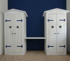stoer-dubbele-kledingkast-in-old-look-whitewash-steigerhout-met ...