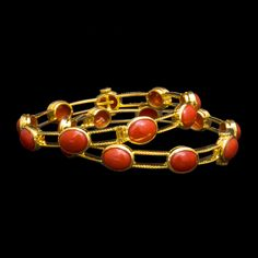 Bracelets d'or - or rose - or blanc Bracelets Coral Jewelry, Trendy Jewelry, Beaded Jewelry, Gold Bangles Design, Gold Jewellery Design, Ruby Bangles, Gold Wedding Shoes, Jewelry Patterns, Or Rose