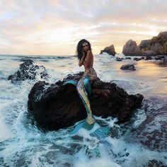 eyond honored to have modeled for an artist I adore Her ethereal, magical and slightly creepy piece is in Mermaid Photo Shoot, Mermaid Pose, Mermaid Pictures, Mermaid Tails, Mermaid Art, Creepy, Fantasy Mermaids, Foto Casual, Fantasy Photography