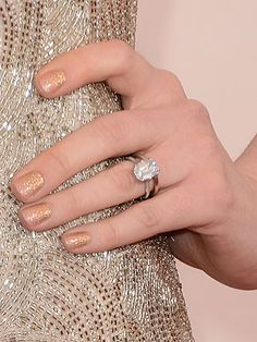 Anne Hathawayu0027s Engagement Ring. Gorgeous. Bless